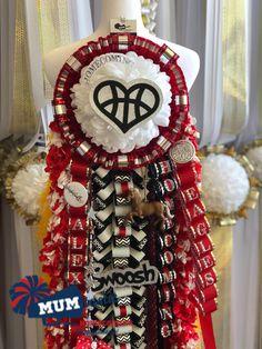 Homecoming Mums, Football Season, 4th Of July Wreath, Seasons, Crafts, Manualidades, Seasons Of The Year, Handmade Crafts, Craft