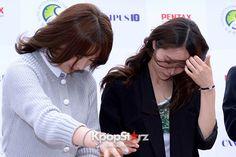 Kara\'s Kang Ji Young and f(x)\'s Krystal - April 16, 2013