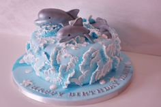 Dolphin Cake - waves like the lace Dolphin Birthday Cakes, Dolphin Cakes, Cupcakes, Cupcake Cakes, Cake Decorating Techniques, Cake Decorating Tutorials, Wave Cake, Ocean Cakes, Gateaux Cake