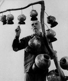Harry Partch & Gourd Tree instrument