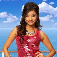 """I got London Tipton! Which """"Suite Life Of Zack And Cody"""" Character Are You Based On Your Zodiac Sign? Pocket Princess Comics, Pocket Princesses, Winx Club, Zack Et Cody, Old Disney, Funny Disney, Disney Live, Disney Stuff, Suit Life On Deck"""