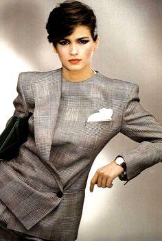 Gia Carangi for Giorgio Armani, by Aldo Fallai, - The power suit! 80s Fashion, Fashion History, Look Fashion, Fashion Models, Vintage Fashion, Fashion Design, American Fashion, Fashion News, Power Dressing