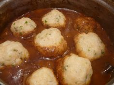 Live, love, laugh and eat.: Stew and Dumplings (with speculaas spices and ontbijtkoek) South African Dumpling Recipe, South African Recipes, Food Network Recipes, Real Food Recipes, Vegetarian Recipes, Cooking Recipes, Easy Delicious Recipes, Yummy Food, African Stew