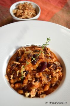 Iahnie de fasole reteta rapida | Savori Urbane Chana Masala, Bon Appetit, Oatmeal, Healthy Recipes, Healthy Food, Urban, Breakfast, Ethnic Recipes, The Oatmeal