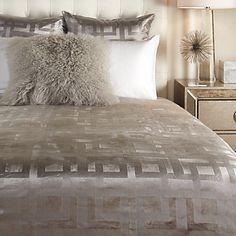Ming Velvet Bedding