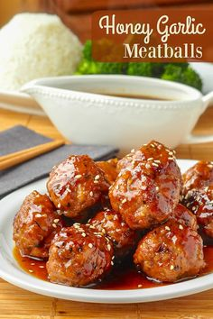 Honey Garlic Meatballswith an easy Honey Garlic Sauce recipe. Make beef or pork meatballs with the easiest, most delicious Honey Garlic Sauce you'll find. #weekdaydinners #mealplanning #mealprep #kidfriendly