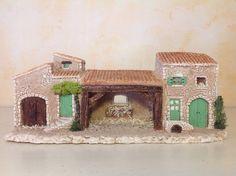 Décor de crèche provençale - maisons et étable