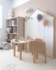 Playful furniture make it a bit fun in the kids room  what do you think? Elephant chair and table from @elementsoptimal #barnerom…