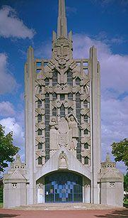 Église Sainte-Thérèse-d'Élisabethville  Aubergenville. Île-de-France