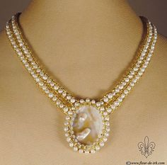 Mother of pearl champagne necklace N890. Wedding by FleurDeIrk
