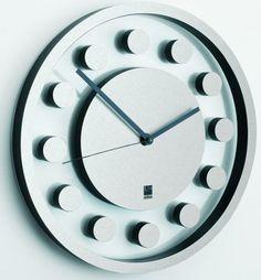 'attimo wall clock' designed by matt carr for umbra