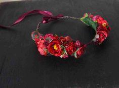 Red flower crown - Center split flower Crown - Red and burgundy faux flowers Faux Flowers, Flowers In Hair, Purple Flowers, Red Flower Crown, Flower Crowns, Crown Center, Different Flowers, Red Ribbon, Tropical Flowers
