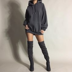 Oversized Hoodie Outfit - Outfit Trends - Oversized Hoodie Outfit – Outfit Trends Source by xxsmol_buntatoxx - Oversized Hoodie Outfit, Hoodie Outfit Casual, Casual Outfits, Cute Outfits, Look Fashion, Korean Fashion, Fashion Models, Autumn Fashion, Fashion Outfits