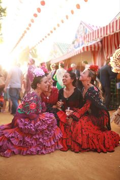 Outfits For Mexico, Sacred Art, World Cultures, Love Fashion, Costumes, Lady, Nails, Travel, Inspiration