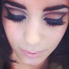 Creating 1960s Make-up