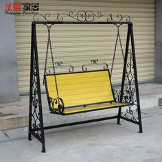Double exterior rocking swing, wrought iron basket hanging garden pa … - All About Balcony Iron Furniture, Steel Furniture, Furniture Design, Swinging Chair, Rocking Chair, Chair Swing, Hanging Basket Garden, Indoor Balcony, Balcony Garden