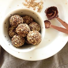 WARNING WARNING: These Ferrero Rocher Chocolate Truffles are known to contain DANGEROUS levels of all things HEALTHY!! Crunchy coating on the outside, smooth chocolate truffle dipped in raw ch