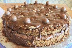 3 Zutaten Nusskuchen - Rezepte des Tages Cake Factory, Cake Recipes, Muffin, Easter, Breakfast, Desserts, Food, Grande, Diary Book