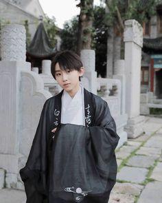 Chinese Babies, Chinese Boy, Asian Boy Band, Young Boys, Asian Boys, Handsome Boys, Cute Boys, Boy Bands, Boy Groups