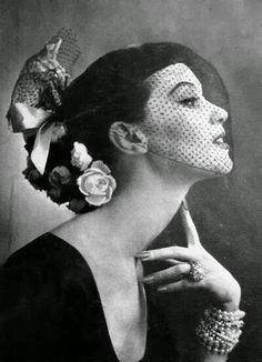 le chapeau voilette ∞ hat veil vintage retro portrait fashion