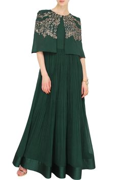 Teal green anarkali with cape by Ridhi Mehra. Indian Attire, Indian Wear, Indian Outfits, Cocktail Dresses Evening Wear, Evening Dresses, Indian Gowns Dresses, Indian Couture, Mode Hijab, Indian Designer Wear
