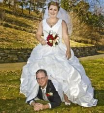 "20 Bizarre Wedding Photos That Will Make You Say ""WTF?!"": Let's Get This Honeymoon Started"