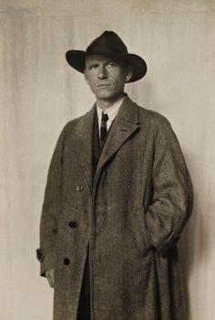 AUGUST SANDER    The painter Otto Dix, Dresden, 1928  Gelatin silver print. 22.5 x 15 cm (8 7/8 x 5 7/8 in).