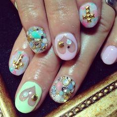 くり抜きハートちゃんも人気です♥ #nails #nailart #nailstagram #ネイル (RUSCIA)