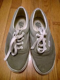 23f4a98f63c21a Vintage VANS shoes   Grey Gray VANS Vintage Skater Shoe   Rad Vintage Shoes    Grey Sneakers   Gray VANS   Men s 6 Women s 7.5