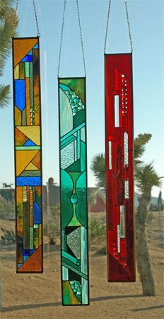 """Dallas Stained Glass Artist Alexandra Shaw shares: Window Fancies--this web site has some really pretty """"fancies"""" that the maker uses all kinds of objects to make. Stained Glass Designs, Stained Glass Panels, Stained Glass Projects, Stained Glass Patterns, Stained Glass Art, Mosaic Glass, Fused Glass, Stained Glass Suncatchers, Glass Wall Art"""