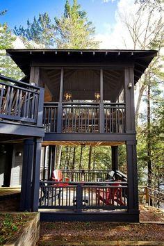 screened porch Red Stone Lake House by Collage Designs Deck Design, House Design, Design Design, Garden Design, Modern Design, Plan Chalet, Ski Chalet, Sleeping Porch, Lake Cabins