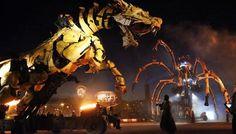 Spectacle Long Ma à Calais : le combat des deux géants d'acier, jusqu'au milieu de la nuit (VIDÉOS) - La Voix du Nord