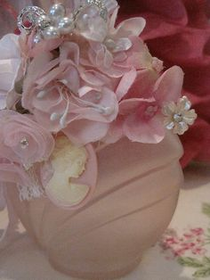 Soft pink pearls and roses bottle