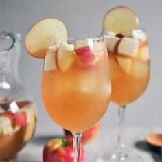 Apple Cider Sangria Recipe. Just made this today, delicious! I didn't have ginger brandy so I used dark rum and cut up fresh ginger -1 bottle dry white wine 2.5 cups apple cider 1 cup club soda 1/2 cup ginger brandy 3 apples and 3 pears chopped