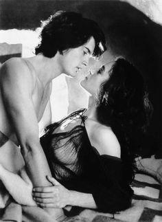 "Paul Maud'Dib Atreides & his lover Chani ""Dune"" 1984"