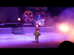 Lindsey Stirling Outlaw Field Boise May 2015 4 - YouTube