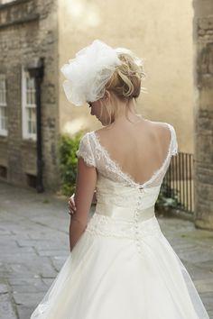 So Sassi by Sassi Holford UK designer wedding dresses (24)