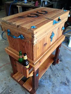 January 23 – Today's Featured Pieces – Daily Craftsman Wood Cooler, Pallet Cooler, Patio Cooler, Diy Cooler, Outdoor Cooler, Woodworking Furniture Plans, Cool Woodworking Projects, Diy Pallet Projects, Diy Woodworking