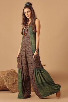 Denim Fashion, Boho Fashion, Fashion Dresses, Moda Hippie, Estilo Hippie, Mode Boho, Designs For Dresses, Hippie Outfits, Mode Inspiration