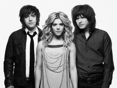 Behind the Scenes with The Band Perry - NashvilleLifestyles.com