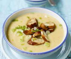 Rezept: Cremige Kartoffelsuppe mit gebratenen Brezenscheiben