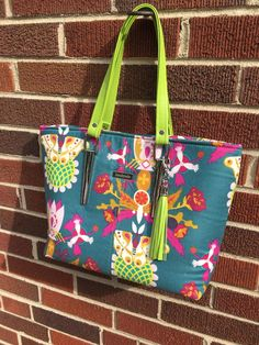 Download our free sewing pattern, Miss Maggie's Handbag so you can put your new bag strap anchors to use.