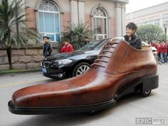 Shoe Company Steps Up Their Marketing with the Giant Leather Shoe Car - out of home advertising Weird Cars, Cool Cars, Crazy Cars, Strange Cars, Funny Shoes, Car Shoe, Enjoy The Ride, Shoe Company, Transporter