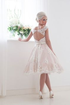 The Fabulous 1950s-Inspired 2016 Bridal Collection from House of Mooshki: