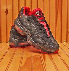 6dfccb68b22a 2011 Nike Air Max  95 Size 8.5 - Black White Siren Red Bred - 698014 060