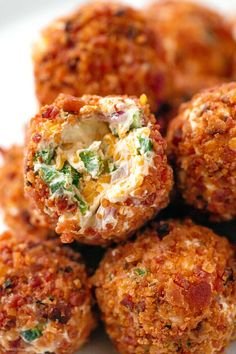 Bacon Jalapeño Popper Cheese Balls - - These super festive bacon jalapeño popper cheese balls make for a real crowd-pleasing appetizer! - by recipes Bacon Jalapeño Popper Cheese Balls Best Appetizer Recipes, Cheese Ball Recipes, Finger Food Appetizers, Yummy Appetizers, Mexican Food Recipes, Cheese Appetizers, Cheese Food, Keto Finger Foods, Best Appetizers Ever