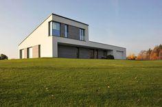 Single Family House In Jozefow / ZAG Architekci