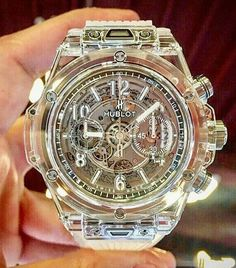 See luxury watches. Patek Phillippe, Hublot, Rolex and much more. Amazing Watches, Beautiful Watches, Cool Watches, Stylish Watches, Luxury Watches For Men, エルメス Apple Watch, Hublot Watches, Latest Watches, Men Accessories