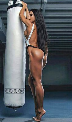 This babe is dangero This babe is dangerous #girls #fitness #fitgirls #fitnessmotivation #abs #girlswithabs #absgirls #fitwomen
