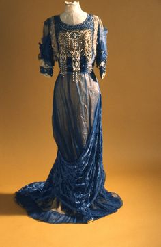 Evening dress design, house G. Giuseffi L.T. Company, American. 1910s. materials silk satin, net, pearls, rhinestones, sequins